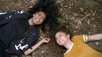 K.C. Undercover S3E2 Welcome to the Jungle
