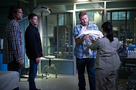 Supernatural S11E1 Out of the Darkness, Into the Fire
